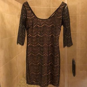 GUESS nude dress with black lace overlay, size 8